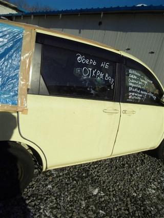 Дверь Toyota Sienta Владивосток