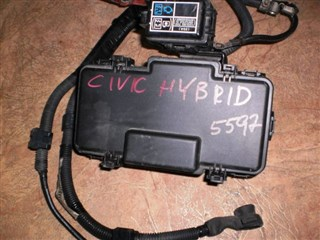 Блок предохранителей Honda Civic Hybrid Владивосток