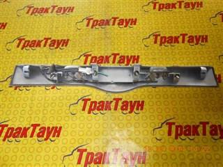 Вставка между стопов Toyota Succeed Уссурийск