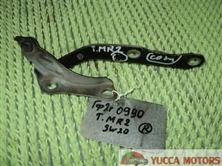 Петля капота Toyota MR-2 Барнаул