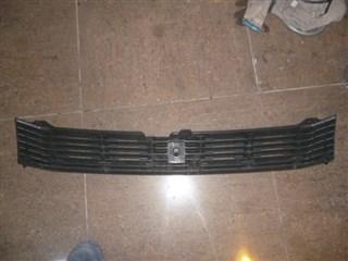 Решетка радиатора Toyota Voxy Владивосток
