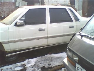 Дверь Mitsubishi Debonair Владивосток