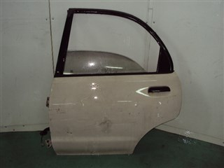 Дверь Mazda Revue Владивосток