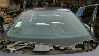 Лобовое стекло Honda Insight Владивосток