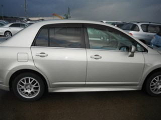 Форточка кузова Nissan Tiida Latio Владивосток