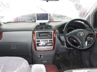Обшивка пола Toyota Picnic Новосибирск