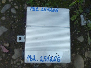 Усилитель магнитофона Toyota Pronard Иркутск