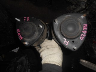 Стойка Toyota Funcargo Владивосток