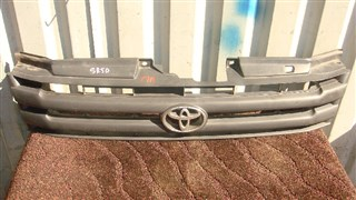 Решетка радиатора Toyota Liteace Noah Владивосток