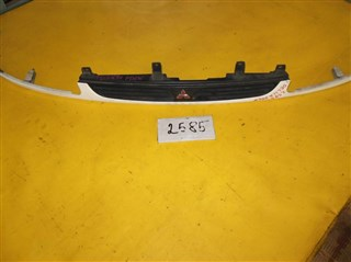Решетка радиатора Mitsubishi Delica Уссурийск