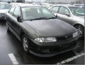 Крыло Mitsubishi Carisma Алматы