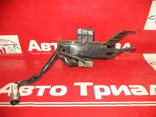 Блок предохранителей Nissan March Новосибирск
