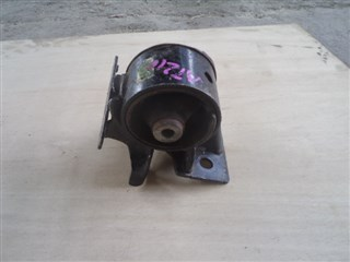 Подушка двигателя Toyota Carina Владивосток