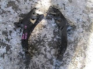 Рычаг Toyota Raum Владивосток