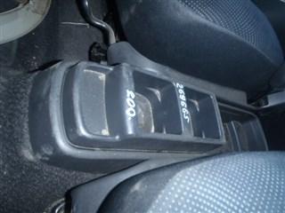 Бардачок между сиденьями Toyota Ractis Иркутск
