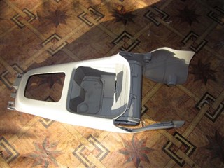 Консоль между сидений Honda Airwave Хабаровск
