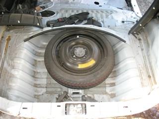 Днище багажника Toyota Bb Владивосток