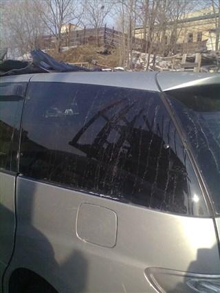 Стекло собачника Toyota Estima Hybrid Владивосток