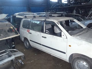 Стекло собачника Toyota Succeed Владивосток