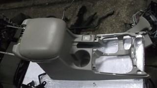 Бардачок между сиденьями Suzuki Grand Escudo Новосибирск
