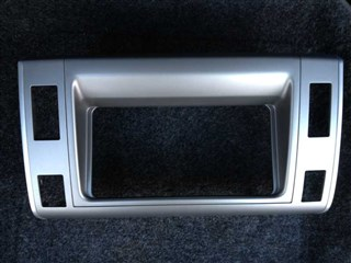 Консоль магнитофона Toyota Estima Hybrid Владивосток