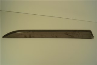 Ветровик Toyota Blade Владивосток