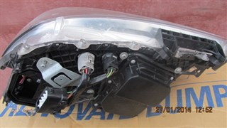 Фара Toyota Crown Hybrid Владивосток