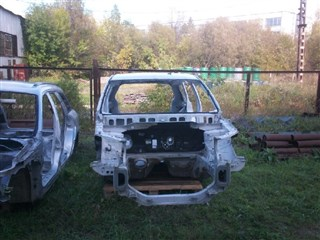 Рамка радиатора Mitsubishi Outlander XL Новосибирск