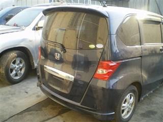 Стекло собачника Honda Freed Владивосток