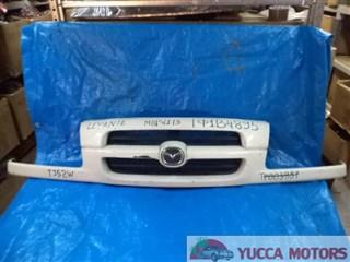 Решетка радиатора Mazda Levante Барнаул