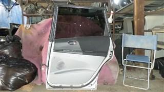 Дверь Toyota Opa Владивосток