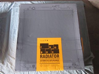 Радиатор основной Nissan Titan Владивосток