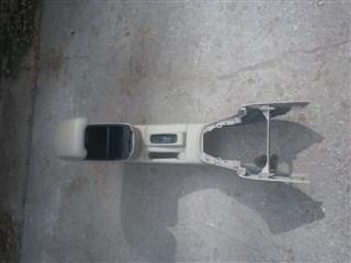 Бардачок между сиденьями Toyota Avensis Новосибирск