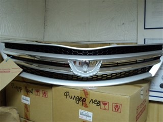 Решетка радиатора Toyota Allion Владивосток