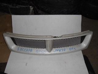 Решетка радиатора Nissan Bassara Владивосток