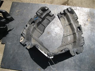 Защита двигателя Toyota Ist Владивосток