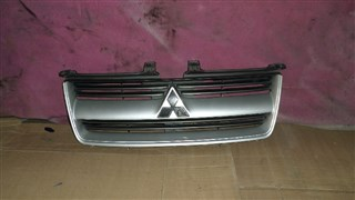 Решетка радиатора Mitsubishi Dion Владивосток