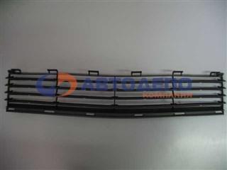 Решетка радиатора Toyota Prius Владивосток