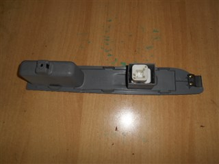 Блок упр. стеклоподьемниками Mitsubishi Dion Владивосток