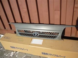 Решетка радиатора Toyota Hiace Van Уссурийск