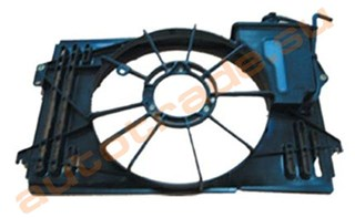 Диффузор радиатора Toyota Corolla Runx Владивосток
