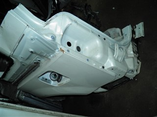 Крыло Mitsubishi Delica D5 Владивосток