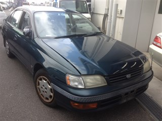 Крыло Toyota Corona Владивосток