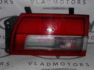Вставка между стопов Toyota Estima Lucida Владивосток
