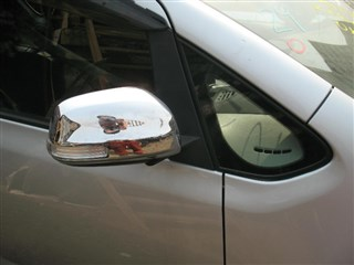 Форточка кузова Toyota Ractis Владивосток
