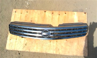 Решетка радиатора Nissan Skyline Владивосток