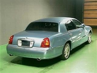 Крышка багажника Lincoln Town Car Челябинск