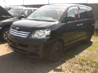 Защита двигателя Toyota Liteace Noah Находка
