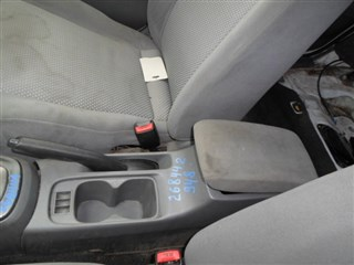 Бардачок между сиденьями Mitsubishi Lancer Иркутск