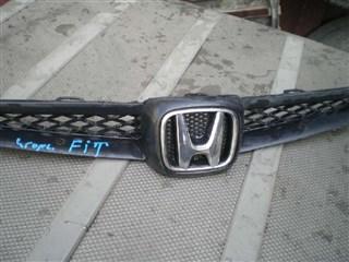 Решетка радиатора Honda Fit Владивосток